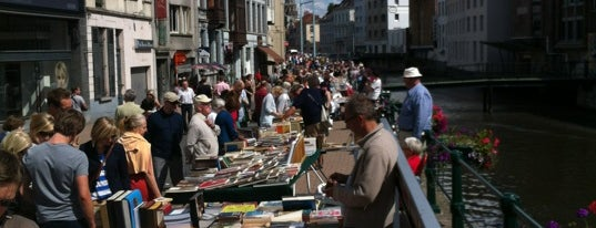 Boekenmarkt is one of สถานที่ที่ Gordon ถูกใจ.