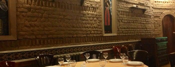"""Ресторан """"Грузинский Дворик"""" is one of Locais salvos de Ali."""