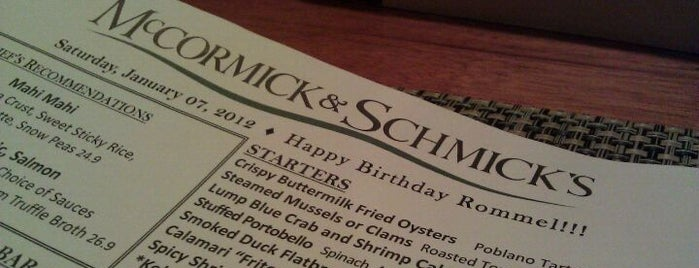 McCormick & Schmick's Seafood Restaurant is one of Vegas Favorites by a Local.
