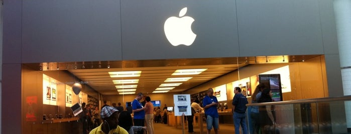 Apple Eaton Centre is one of Apple Stores around the world.