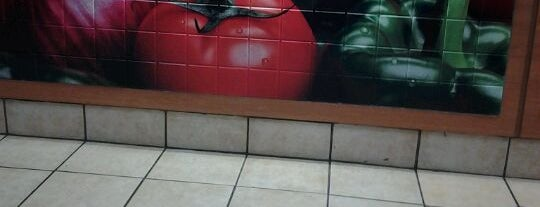 SUBWAY is one of Phillip's Liked Places.