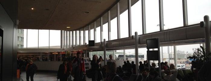 Terminal 2D is one of j'ai été.