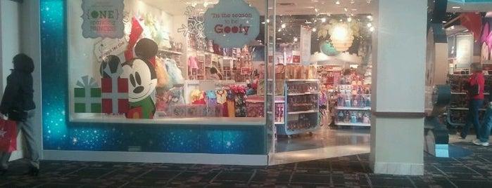 Disney store is one of Whitney : понравившиеся места.