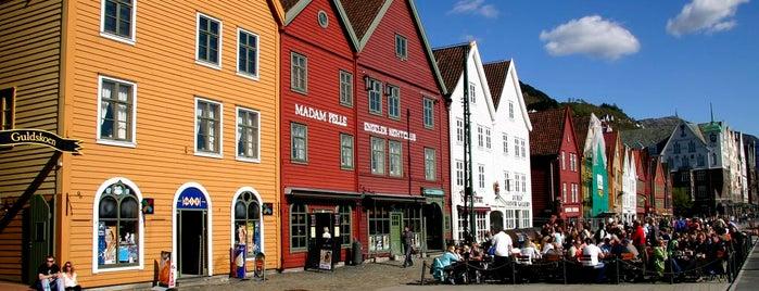 Bryggen is one of Posti che sono piaciuti a Svein-Magne.