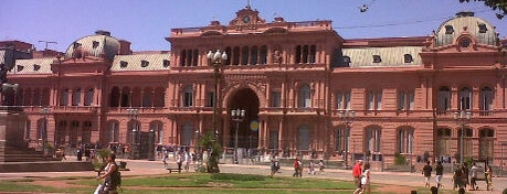 Casa Rosada is one of Buenos Aires Tour.