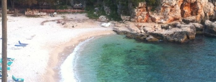 Büyük Çakıl Plajı is one of สถานที่ที่ Koray ถูกใจ.