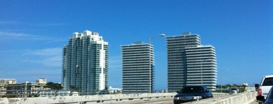 Causeway Island is one of Miami.