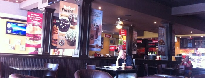 Union Burger is one of Aletha's Liked Places.