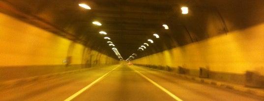 North-Western Tunnel is one of Irina 님이 좋아한 장소.