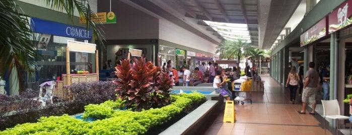 Viva Centro Comercial is one of Locais curtidos por Diego Alberto.