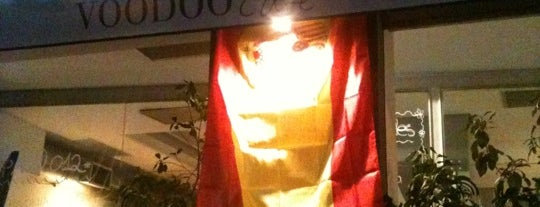 Voodoo Lounge is one of Tempat yang Disukai Raquel.