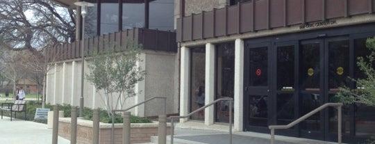 Richardson Public Library is one of Locais curtidos por Jason.