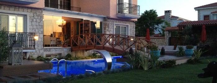 Mandalina otel is one of Alaçatı.