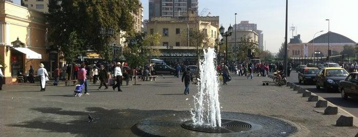 Plaza del Mercado is one of Lugares, plazas y barrios de Santiago de Chile.