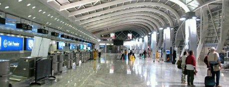 Chhatrapati Shivaji International Airport is one of Mumbai 2014 LenTom.