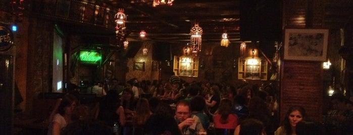 Biber Cafe&Pub is one of Hüseyin'in Kaydettiği Mekanlar.