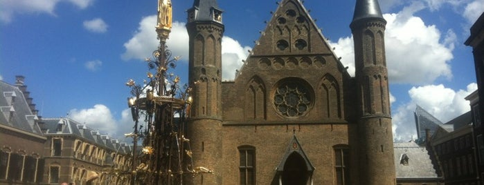 Binnenhof is one of Holanda.