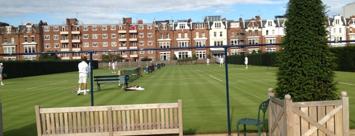 Queen's Club is one of Fulham FC History.