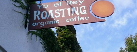 Yo El Rey Roasting is one of Naaaaaaah Paaaaaaaah.