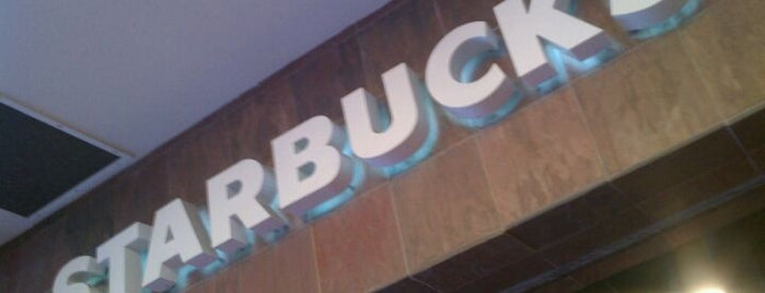Starbucks is one of Locais curtidos por Rick.