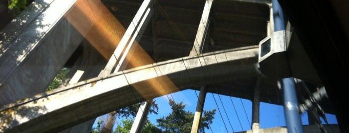 Vista Bridge is one of สถานที่ที่บันทึกไว้ของ Rich.
