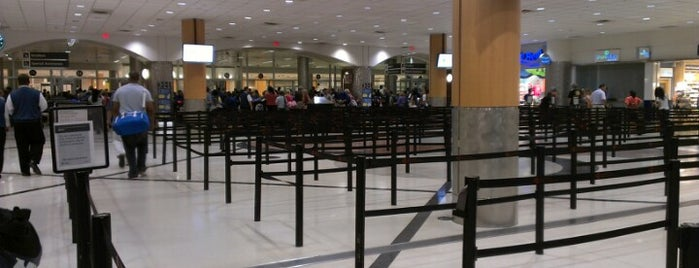 North Terminal is one of Chia : понравившиеся места.