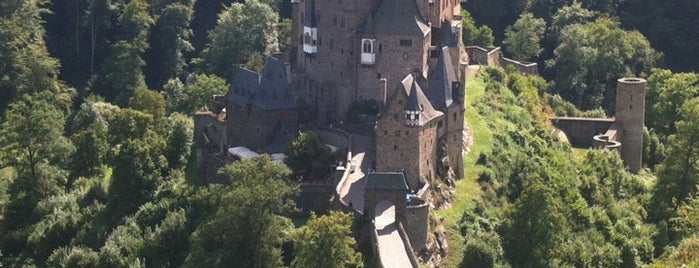 Burg Eltz is one of 100 обекта - Германия.