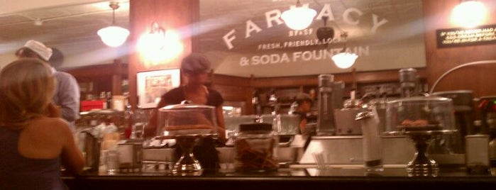 Brooklyn Farmacy & Soda Fountain is one of Tempat yang Disimpan Lindsey.