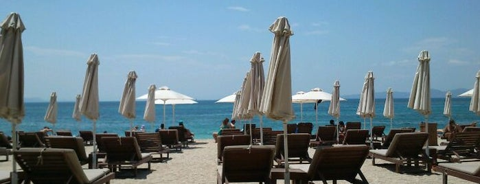 Alimos Beach is one of inathenswetrust.