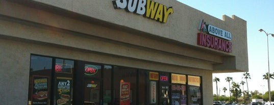 Subway is one of Tempat yang Disukai Stephen G..