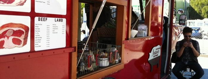 Avedano's Meat Wagon is one of squeasel 님이 저장한 장소.
