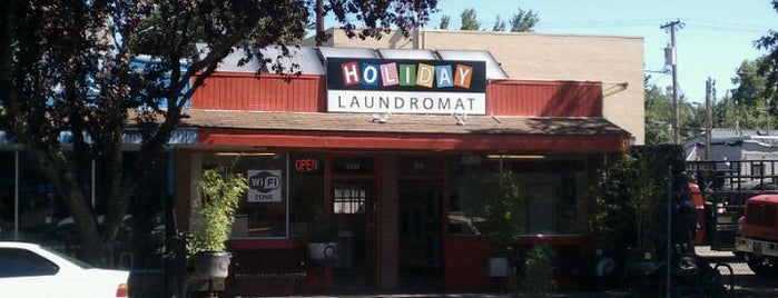 Holiday Coin Laundromat is one of Wi-Fi sync spots - Eugene.