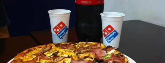 Domino's Pizza is one of Posti che sono piaciuti a Claudio.