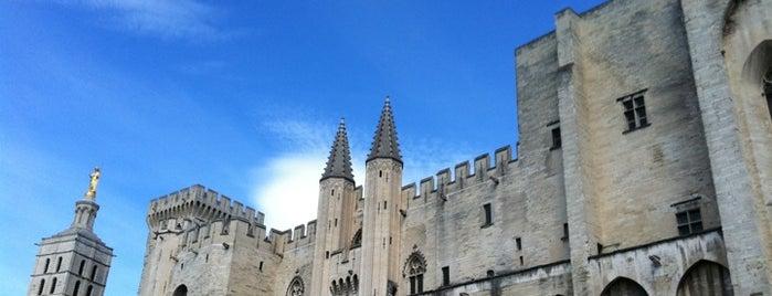 Palais des Papes is one of Bienvenue en France !.