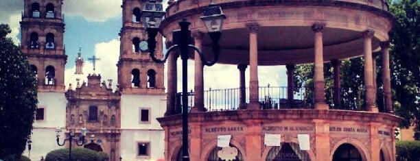 Plaza de Armas is one of Alberto'nun Kaydettiği Mekanlar.