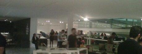 Museo Arte Carrillo Gil is one of 32 Museos que Rockean en el DF.