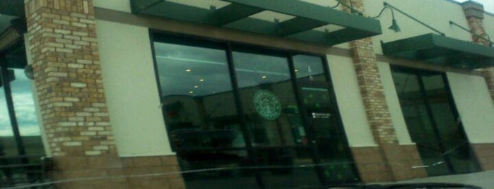 Starbucks is one of Tempat yang Disukai Hiroshi ♛.