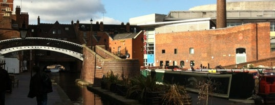 Gas Street Canal Basin is one of Elliott's Liked Places.