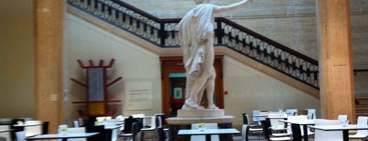 Walker Art Gallery is one of Liverpool.