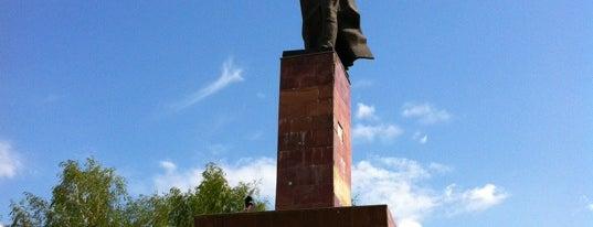 Памятник Муллануру Вахитову is one of Ришат😎 : понравившиеся места.