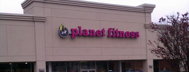 Planet Fitness is one of Lugares favoritos de Merissa.