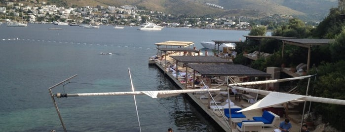 """Maçakızı Hotel is one of """"Sıcak Temas"""" Yaşatan Yerler."""