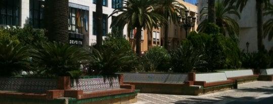 Plaza Fariñas is one of Victor 님이 저장한 장소.