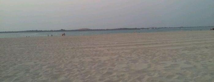 Bake Beach Club is one of Jono : понравившиеся места.