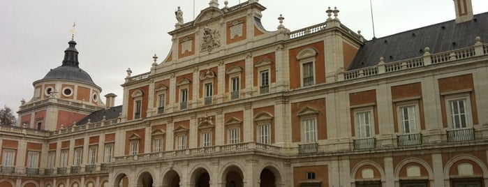 Palacio Real de Aranjuez is one of Madriz.