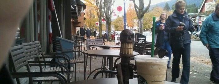 Starbucks is one of Tempat yang Disukai Jus.