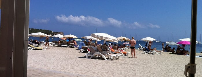Platja de Talamanca is one of Places to go near Hotel Victoria.