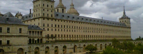 Monasterio de San Lorenzo de El Escorial is one of Madriz.