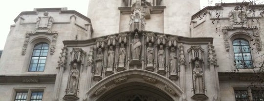 The Supreme Court is one of 1000 Things To Do In London (pt 2).