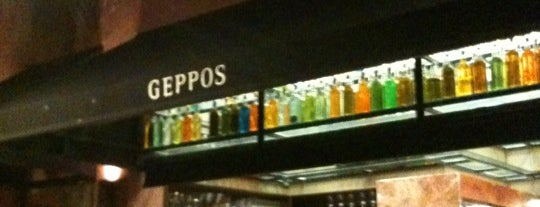 Geppos Restaurante is one of Bar.